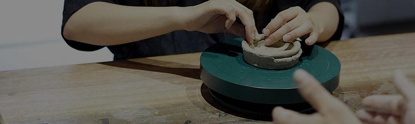 「九谷焼の体験」のイメージ画像です。